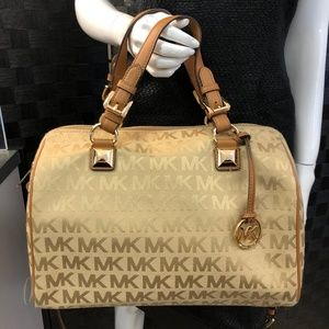 MICHAEL KORS With Tags Large Satchel Bag Item#8600